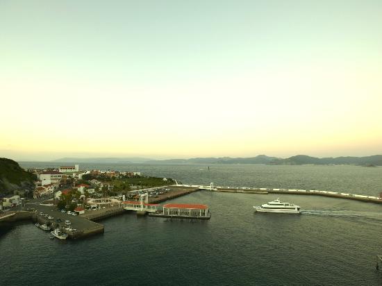 長崎温泉 やすらぎ伊王島, 海の玄関口「伊王島港」