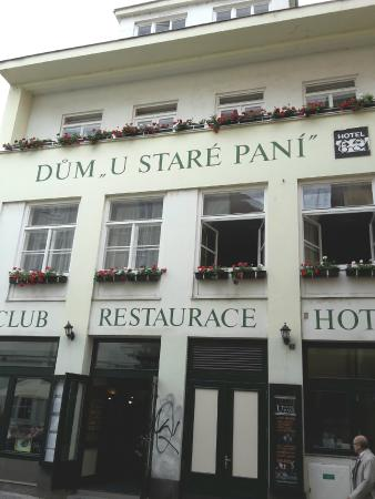 At the Old Lady (U stare pani): Hotelansicht