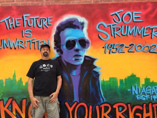 Rock Junket : Joe Strummer mural.