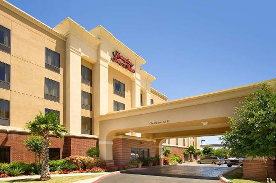 Hampton Inn & Suites San Antonio-Airport Photo