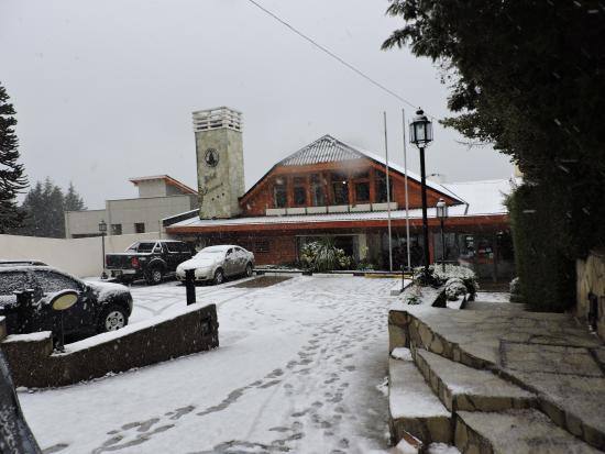 Hotel Chamonix : Con nevada y todo!!!