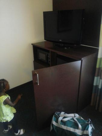 Anderson, SC: tv stand