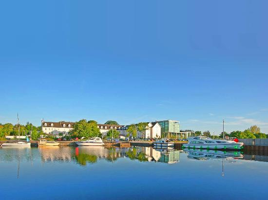 Hodson Bay Hotel: Hodson Bay is situated on the shores of Lough Ree
