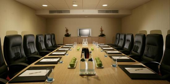 Pillo Hotel Ashbourne: Boardroom