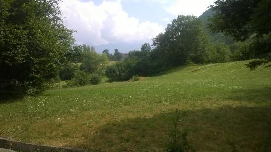 Novalesa, Italy: in lontananza l'abbazia