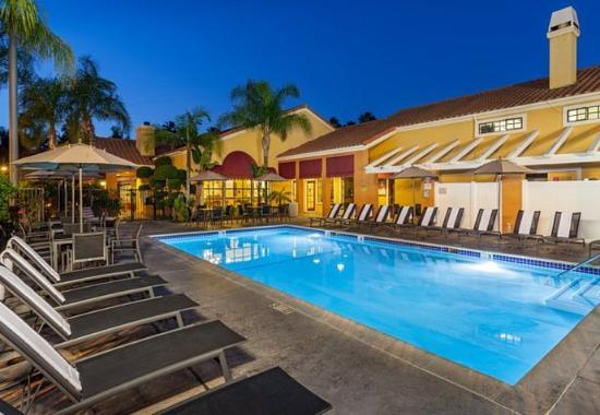 Residence Inn Anaheim Maingate Photo