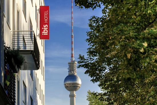 Ibis Berlin Mitte: Außenansicht