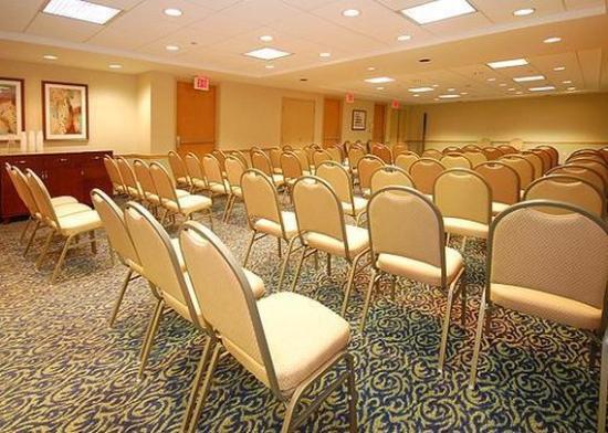 Comfort Inn Airport : Meeting Room