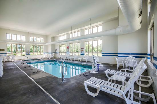 Rockport, IN: Pool