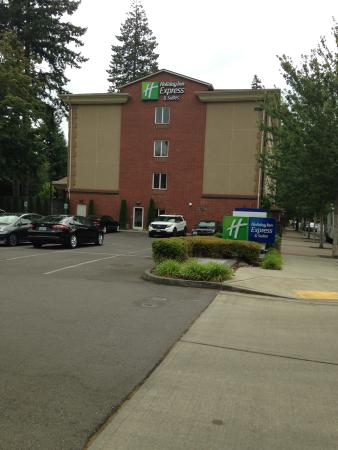 Holiday Inn Express Hotel & Suites Lacey: The hotel