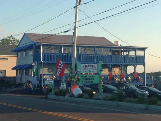 Ray S Seafood Lobsters Loved