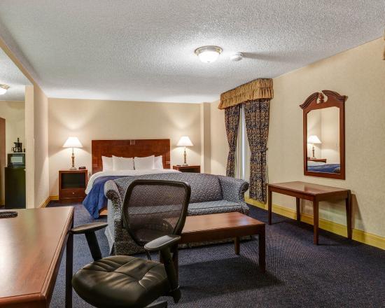 Clarion Hotel Morgan : Guest Room