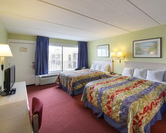 Econo Lodge South Padre Island Hotel