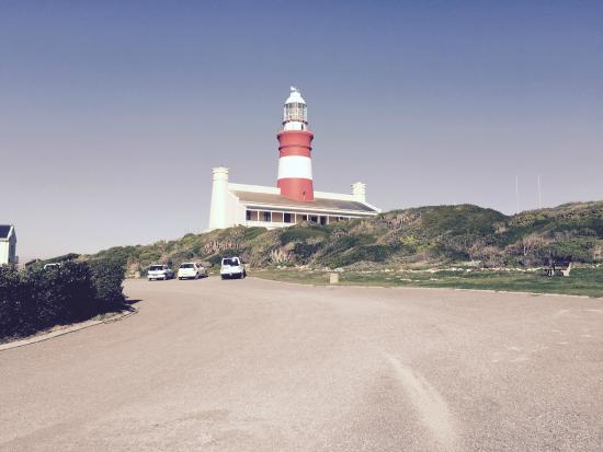 Agulhas Country Lodge: The Cape Agulhas Lighthouse is a close drive away