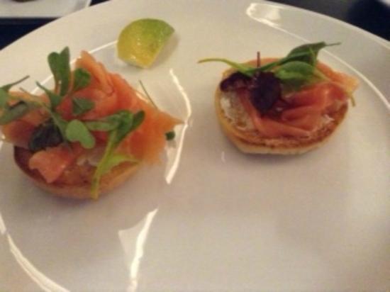 Dash Restaurant & Bar: Smoken Salmon on a Bagel
