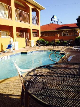 Motel 6 Days Inn Alvarado