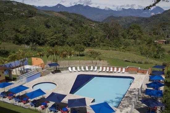 Hotel Hacienda Balandu: Piscina.