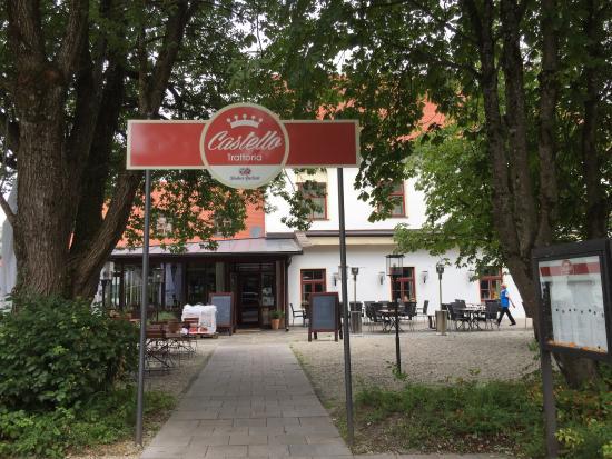 Egmating, Almanya: Eingang und Biergarten