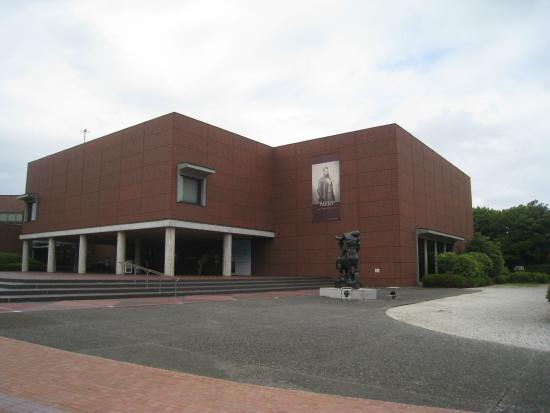 Yamanashi Prefectural Museum of Art: 外観