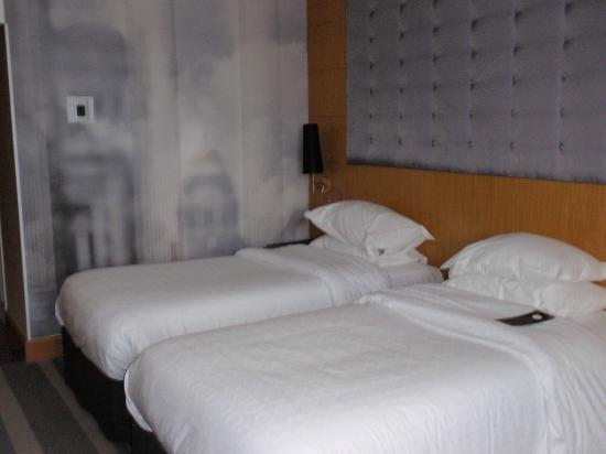 Sheraton Brussels Airport Hotel: 4th Floor Room