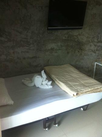 On The Rock Chaiyaphum Bed & Breakfast: เตียงนอน