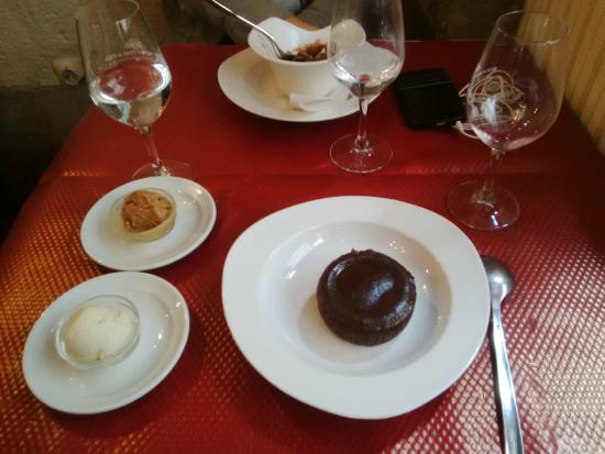 J J Restaurant: les desserts