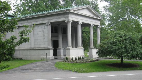 Lake View Cemetery: Wade Chapel (extérieur)