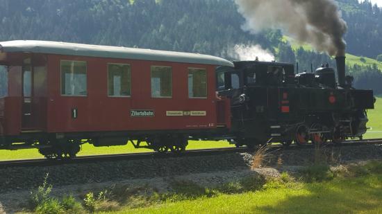 THERESA Wellness Geniesser Hotel: train touristique