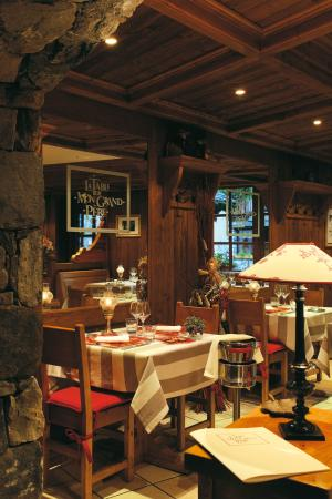 La table de mon grand p re courchevel restaurant avis for Table 52 restaurant gaborone