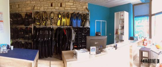 Moscenicka Draga, Hrvatska: Our front desk team will welcome you to our dive center and assist you with all your questions