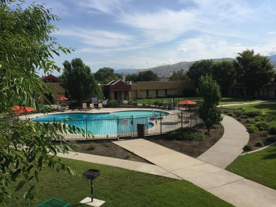 Ramada by Wyndham Salt Lake City North Temple: Pool