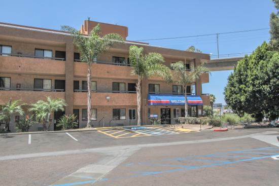 Motel 6 San Diego Mission Valley East: Exterior