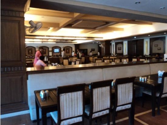 Punjabi Haveli nice: Dining hall
