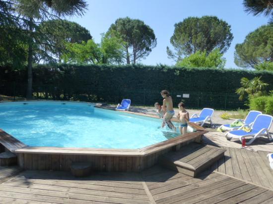 Camping Manon: La piscine