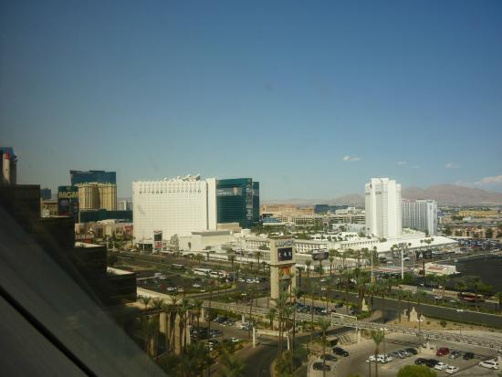 Luxor Hotel & Casino: View from the room