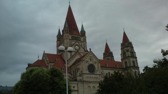 Trinitarierkirche zum Heiligen Franz von Assisi-5