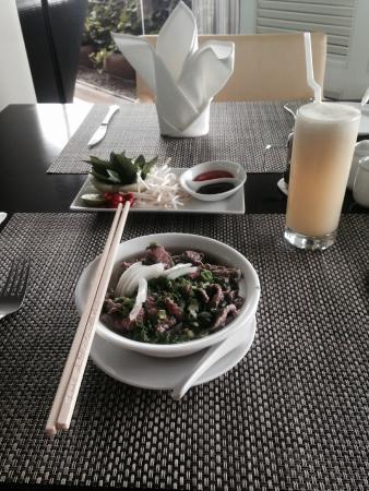 PARKROYAL Saigon: Great Breakfast at Club Lounge