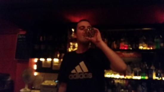 Entropy Bar: The Magician
