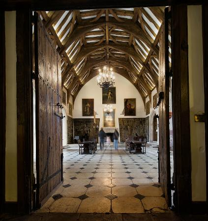 Berkeley Castle: The Great Hall