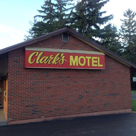 Clark's Motel: For the money I would certainly recommend this spot.