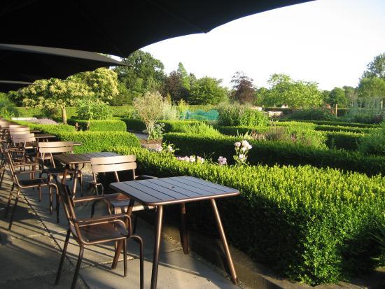 De Kas: レストランの庭