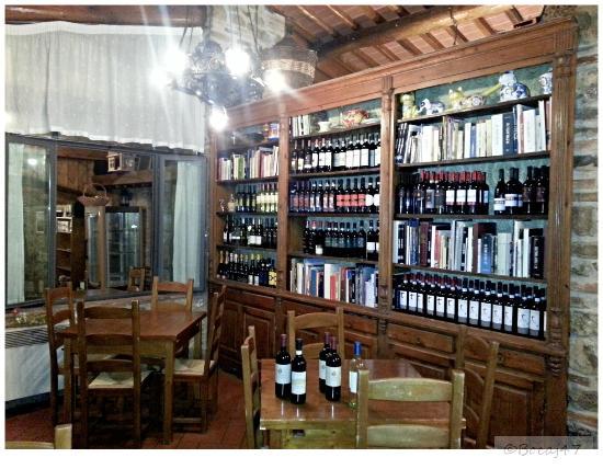 L'Antico Portale: Indoor dining area