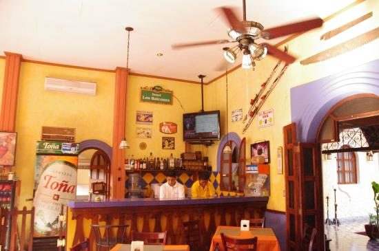 Hotel Los Balcones De Leon : ingresso bar