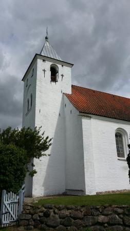 Fuglslev Kirke