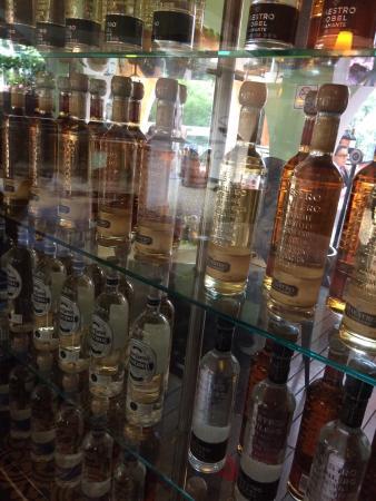 Los Canarios Insurgentes: Para los que gustan de una cena con tequila o whisky