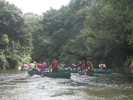 Elveys-Canoe