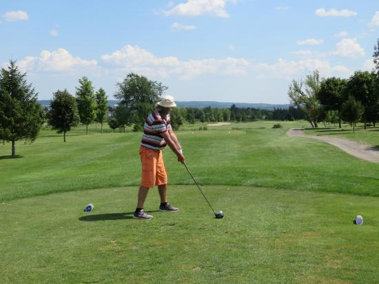 Bradford West Gwillimbury, Canada: The Twelveth Tee