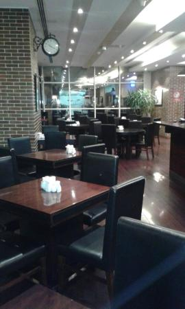 Photo of American Restaurant American Grill at Somerset Tower, Doha, Qatar