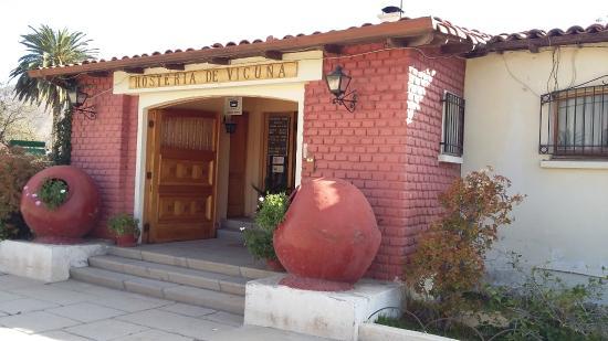 Hosteria Vicuna: Acceso principal