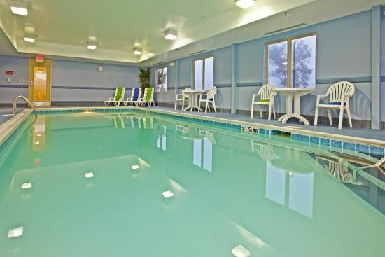 Holiday Inn Express Radcliff: Swimming Pool